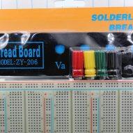 Protoboard XL con Borneras 2390 Puntos